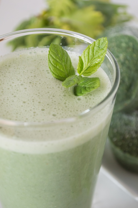 super greens smoothie 1