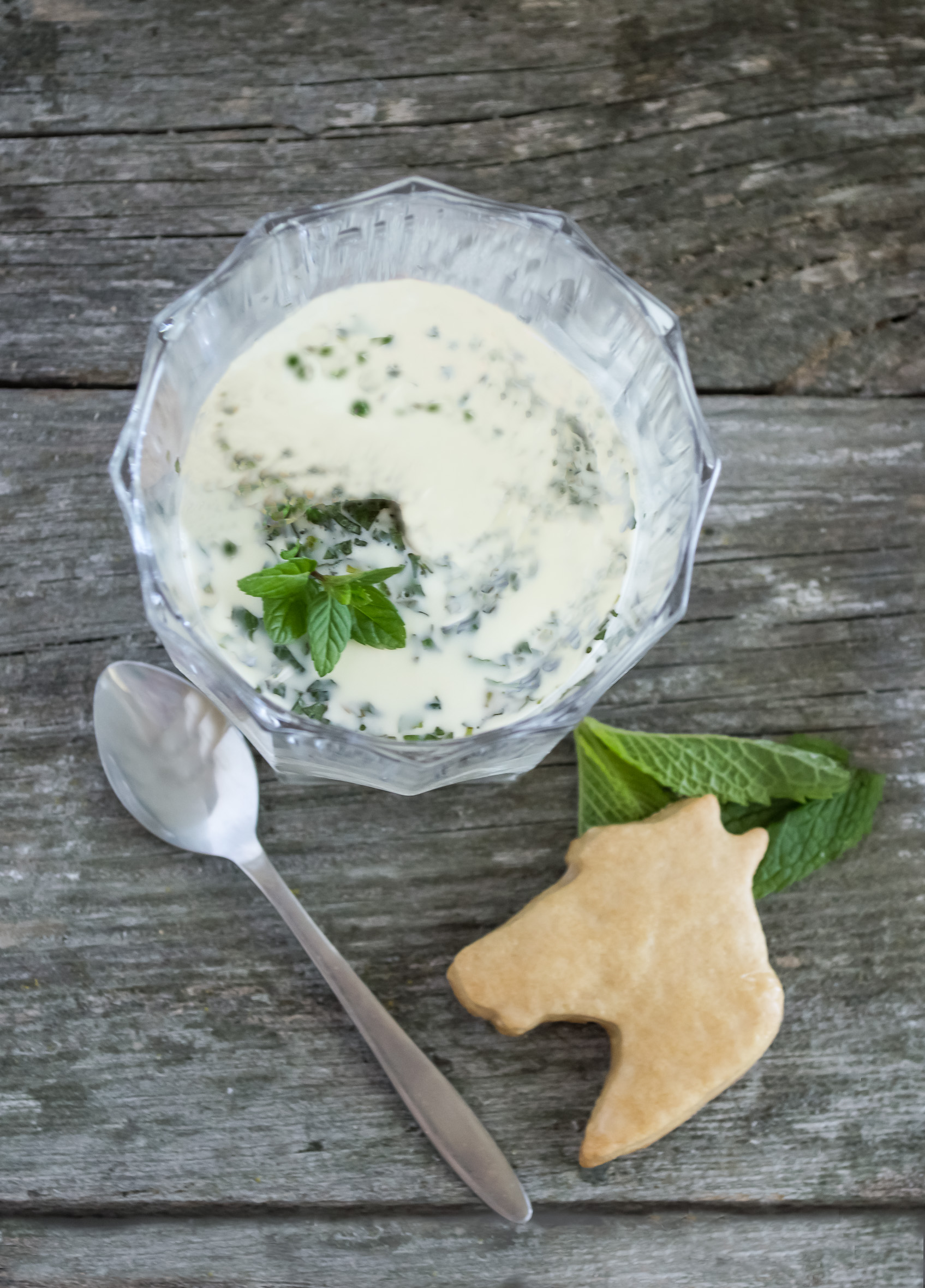 Mint Julep Panna Cotta with Bourbon Sugar Cookies – whiskandmuddler