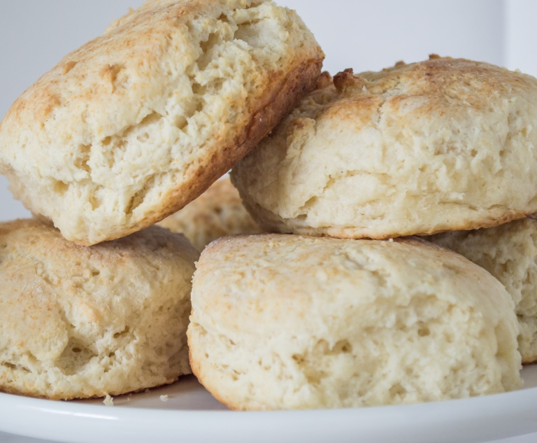 flaky powder milk biscuits | whiskandmuddler.com