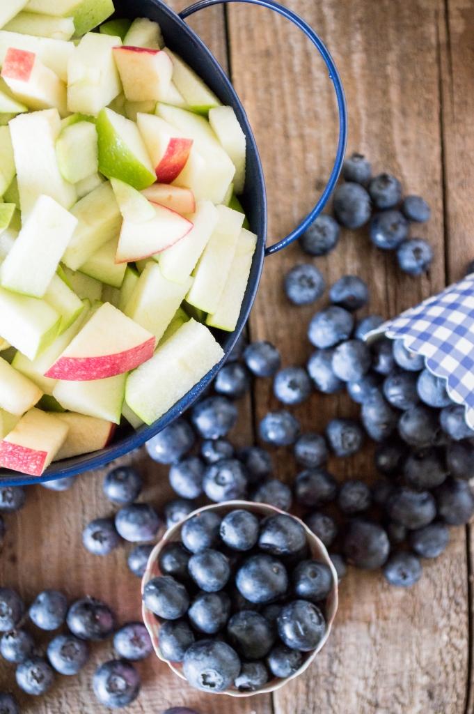 apples and blueberries | whiskandmuddler.com