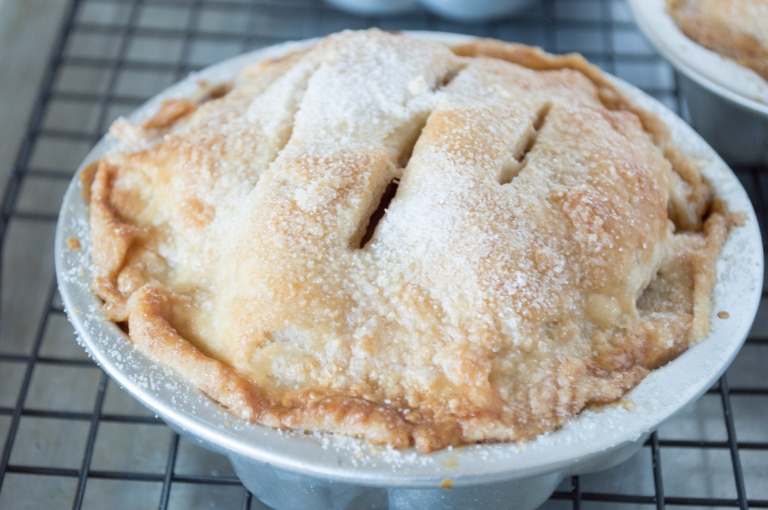 antique apple pie | whiskandmuddler.com