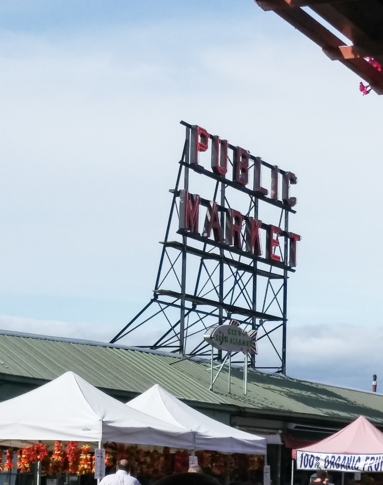 pike place market seattle | whiskandmuddler.com