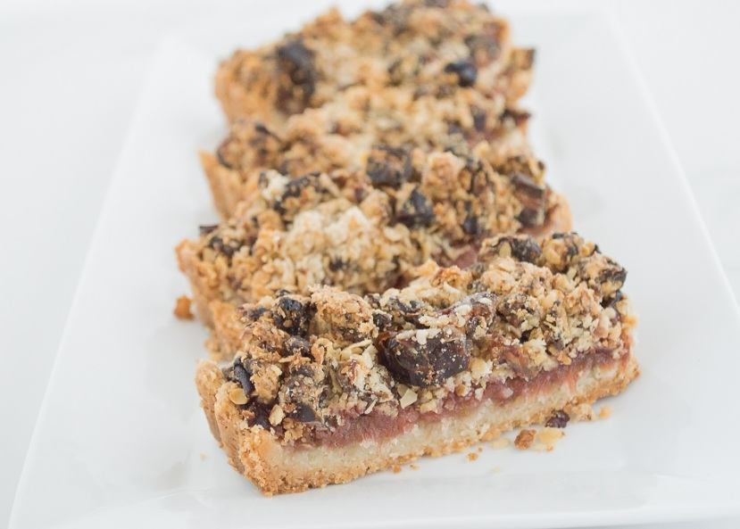 Date Crumble and Rhubarb Slice